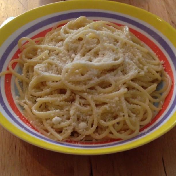 spaghetti all'aglio